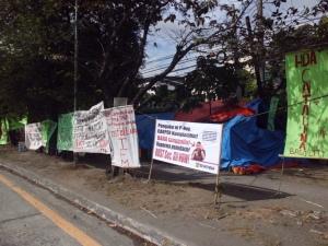 Protestcamp von TFM vor dem DAR in Manila